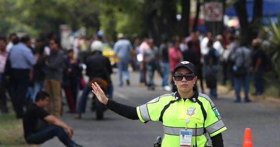 Trzęsienie ziemi o sile 6,4 st. w skali Richtera nawiedziło Meksyk i poruszyło domy w kilku południowych i centralnych regionach kraju, w tym w stolicy. Nie ma doniesień o ofiarach.