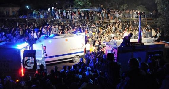 Co najmniej 157 osób zginęło, a 75 zostało rannych na skutek zawału w kopalni węgla w Manisie na zachodzie Turcji - podają tamtejsze media, powołując się na lokalne władze. Do tragedii doszło po wybuchu transformatora.