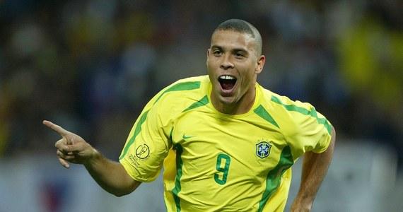 Brazylijczyk Ronaldo jest najlepszym strzelcem w historii turniejów finałowych piłkarskich mistrzostw świata - w dorobku ma 15 goli. Po 14 bramek zdobyli Niemcy Gerd Mueller i urodzony w Polsce Miroslav Klose, który prawdopodobnie będzie miał szansę na powiększenie dorobku w czasie mundialu w Brazylii. Wśród zdobywców 10 goli znajduje się były prezes PZPN Grzegorz Lato.