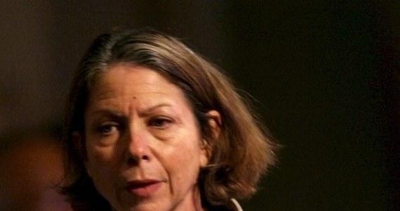 """Wydawca """"New York Timesa"""", Arthur Sulzberger poinformował o zwolnieniu ze skutkiem natychmiastowym redaktor naczelnej tego prestiżowego dziennika,  Jill Abramson i powołanie na jej miejsce jej dotychczasowego zastępcy Deana Baqueta. Nie podał przyczyn tej decyzji."""