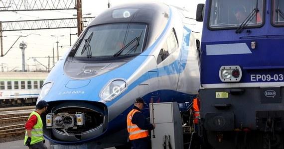 PKP Intercity szuka chętnych do pracy w szybkich składach Pendolino. Co prawda nie ma jeszcze gotowych pociągów, ale już będą drużyny konduktorskie.