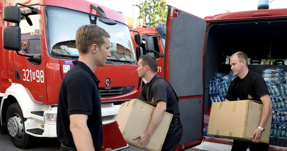 37 polskich strażaków z województw podkarpackiego, małopolskiego i śląskiego wyjechało do Bośni i Hercegowiny. Będą pomagać w walce ze skutkami powodzi.