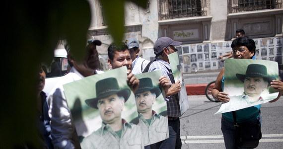 Na 5 lat i 10 miesięcy więzienia za korupcję i pranie brudnych pieniędzy został skazany w Nowym Jorku były prezydent Gwatemali Alfonso Portillo. Polityk przyznał się do wzięcia od rządu Tajwanu 2,5 mln dolarów łapówki.
