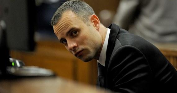 Oscar Pistorius rozpoczął badania psychiatryczne w afrykańskim szpitalu w Pretorii. Lekkoatleta jest oskarżony o zabójstwo z premedytacją swojej partnerki Reevy Steenkamp.