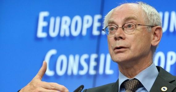 UE oczekuje, że Rosja nawiąże współpracę z nowym prezydentem Ukrainy - oświadczyli przywódcy państw UE na nieformalnym szczycie w Brukseli. Europejscy przywódcy oczekują także, że Moskwa będzie kontynuować wycofywanie wojsk znad ukraińskiej granicy oraz uniemożliwi przekazywanie broni separatystom.