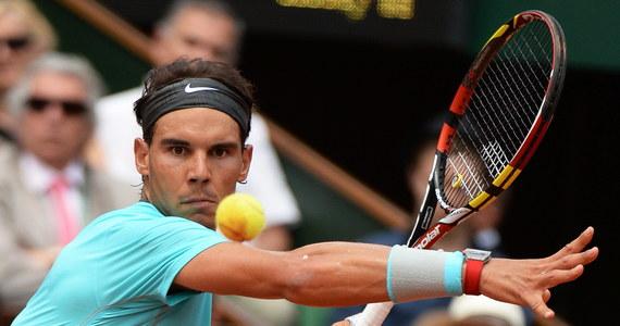 Rozstawiony z numerem pierwszym Rafael Nadal pokonał Serba Dusana Lajovica 6:1, 6:2, 6:1 w 1/8 finału wielkoszlemowego turnieju tenisowego na kortach im. Rolanda Garrosa w Paryżu. Hiszpan wygrał rekordowy 32. mecz z rzędu w paryskiej imprezie.