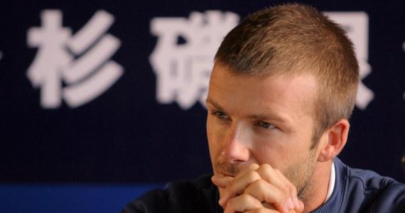 """Były kapitan piłkarskiej reprezentacji Anglii David Beckham w wywiadzie dla stacji BBC nie wykluczył, że możliwości powrotu na boisko i wznowienia kariery sportowej. Jak przyznał, po odejściu w 2013 roku z francuskiego klubu Paris Saint-Germain i rozstaniu ze sportem miał """"trudne dni"""", ale to już minęło i być może zrezygnuje ze sportowej emerytury."""