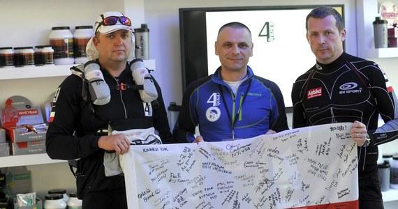 Prawie stu zawodników z 41 krajów, w tym czterech Polaków, pokonało w ciągu tygodnia trasę długości 250 km prowadzącą przez pustynię Gobi. Był to drugi ultramaraton cyklu 4Deserts Series. Pierwszy odbył się w lutym w Jordanii.
