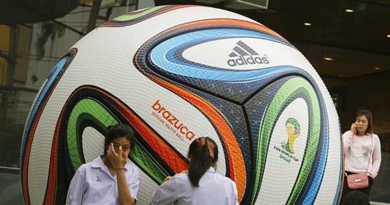Mundialowe szaleństwo czas zacząć. Kto wygra? Kto przegra? Kto sprawi największą niespodzianką? Kto wywoła frustracje kibiców? Nie MY! Nas w Brazylii nie będzie. Obejdziemy się smakiem piłkarskich mistrzostw globu zastanawiając się, czy wygrana z Litwą 2-1 to sukces czy porażka. Czy we wrześniu wygramy z Gibraltarem czy nie?