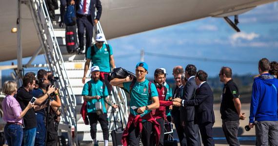 """Przed początkiem piłkarskich mistrzostw świata w Brazylii, eksperci prześcigają się w prognozach, która drużyna okaże się najlepsza i wymieniają listy gwiazd, które pojawią się na brazylijskich boiskach. Naukowcy amerykańskiej szkoły biznesu INSEAD prezentują tymczasem kolejne dowody na to, że drużyny, w których gwiazd jest najwięcej, wcale nie muszą wygrać. Publikuje je w najnowszym numerze czasopismo """"Psychological Science""""."""