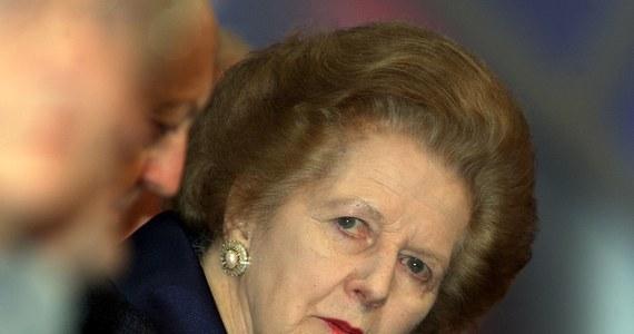 Położony w ekskluzywnej dzielnicy Londynu - Belgravia -  pięciopiętrowy dom, w którym mieszkała Margaret Thatcher,  może zostać wystawiony na sprzedaż za gigantyczną sumę 35 mln funtów  -  donoszą brytyjskie media.