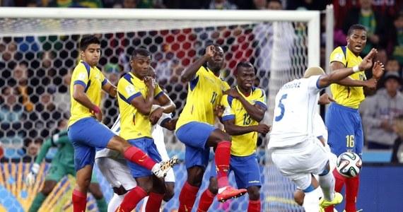 W Kurytybie zmierzyły się drużyny, które źle rozpoczęły mundial. Ekwadorczycy pechowo przegrali ze Szwajcarami 1:2, tracąc decydującą bramkę w ostatnich sekundach, a Honduranie ulegli Francuzom 0:3.