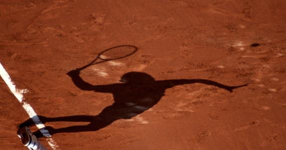 O lenistwie, które przydaje się na korcie, kąpielach w lodzie i o tym, czy w tenisie wciąż jest miejsce na kobiecą sylwetkę rozmawiamy z doktorem Wacławem Mirkiem z Akademii Wychowania Fizycznego w Krakowie, trenerem przygotowania fizycznego Agnieszki i Urszuli Radwańskich. Tuż przed rozpoczęciem najbardziej prestiżowego z wielkoszlemowych turniejów tenisowych, turnieju na trawiastych kortach Wimbledonu mówimy o specyfice przygotowań fizycznych w tym niezwykłym sporcie.