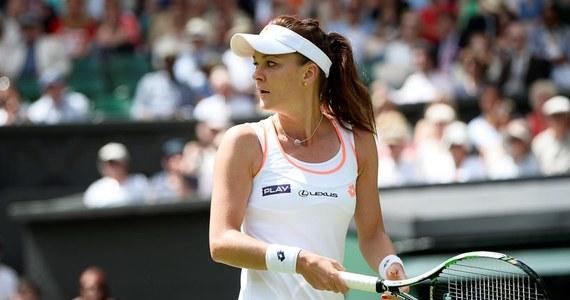 """Agnieszka Radwańska nie spodziewała się, że z łatwością będzie przełamywać podanie leworęcznej Australijki Casey Dellacquy w drugiej rundzie Wimbledonu. """"Nastawiłam się, że będzie o to bardzo trudno"""" - zaznaczyła polska tenisistka po wygranej 6:4, 6:0."""