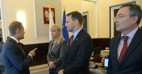 Zarząd Platformy Obywatelskiej dał strukturom regionalnym czas do początku września na zatwierdzenie list w listopadowych wyborach samorządowych. Po spotkaniu politycy PO zapewniali też, że nie obawiają się rezultatów głosowania nad wnioskami PiS o wotum dla premiera Tuska oraz o odwołanie szefa MSW Bartłomieja Sienkiewicza.