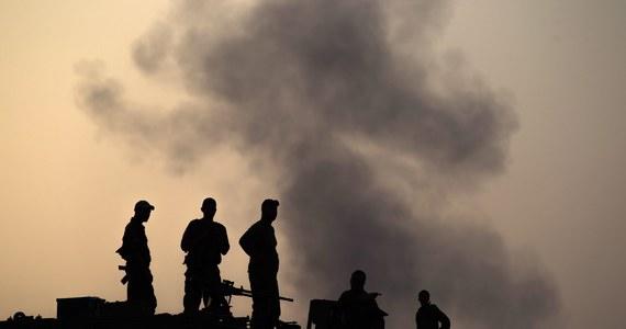 Wciąż bardzo niespokojnie w rejonie Strefy Gazy. W wyniku wieczornych ataków zginęło co najmniej 16 Palestyńczyków, a 46 zostało rannych. Izrael także został zaatakowany z terytorium Libanu.