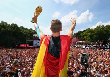Niemcy oddadzą mistrzowskie pamiątki na aukcję charytatywną