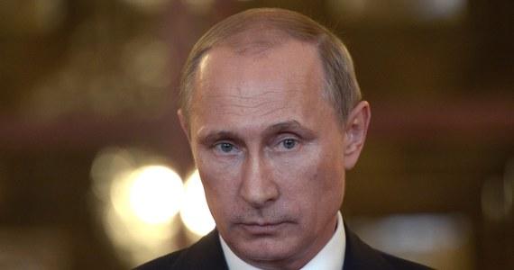 """To Ukraina odpowiada za katastrofę samolotu pasażerskiego malezyjskich linii lotniczych, ponieważ na jej terytorium to się stało - stwierdził prezydent Rosji Władimir Putin. Jak dodał, """"do tej tragedii by nie doszło, gdyby Kijów nie wznowił działań zbrojnych przeciwko separatystom""""."""