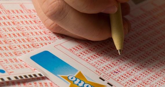 Blisko 25 mln zł było wczoraj do wygrania w Lotto. Wygraną podzieliło się dwóch graczy.