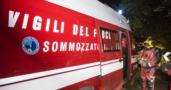 Intensywne opady deszczu na północy Włoch doprowadziły do powodzi, w wyniku której zgięły cztery osoby, a 20 zostało rannych. Ofiary to uczestnicy dorocznego lokalnego festiwalu.