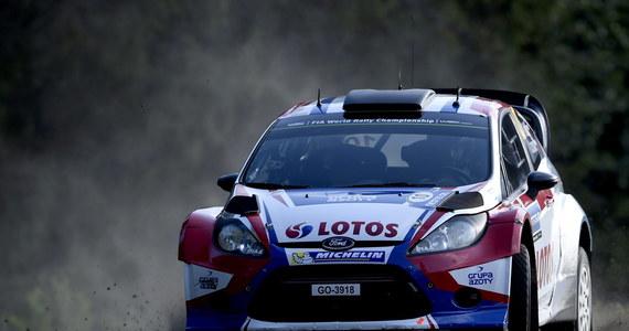 Robert Kubica, który w piątek wpadł do rowu i poważnie uszkodził samochód, na kończącym zmagania odcinku Power Stage zajął ósme miejsce, dzięki czemu awansował na 34. pozycję w Rajdzie Finlandii. Pierwszy był Fin - Jari-Matti Latvala.