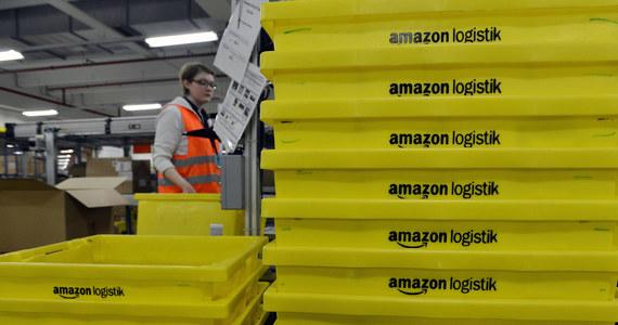 W najbliższych trzech miesiącach amerykański Amazon chce przyjąć do pracy w swoich centrach logistycznych w Polsce 8,5 tys. pracowników. Docelowo w trzech centrach znajdzie pracę do 12 tys. osób. We wrześniu w k. Poznania i Wrocławia ruszą dwa pierwsze centra.