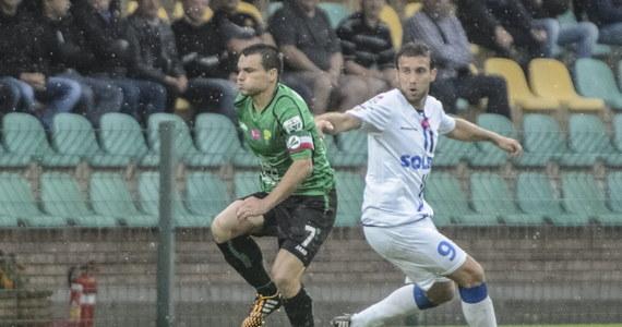 Piłkarze Lecha Poznań zremisowali z Pogonią Szczecin 1:1, a Górnik Łęczna pokonał Zawiszę Bydgoszcz aż 5:2 w 5. kolejce ekstraklasy. Dzień wcześniej wysokie wyjazdowe zwycięstwa odniosły Legia Warszawa i Górnik Zabrze.
