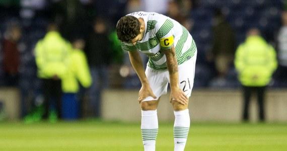 Celtic Glasgow, który wskutek decyzji UEFA zastąpił Legię Warszawa w czwartej rundzie kwalifikacji piłkarskiej Ligi Mistrzów, nie wystąpi w fazie grupowej tych rozgrywek. Zespół przegrał ze słoweńskim NK Maribor 0:1 i trafi do Ligi Europejskiej.