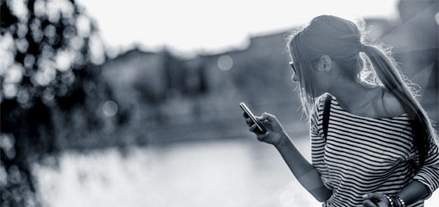 Każdy z nas pragnie mieć swoją strefę prywatności, platformę kontaktu z innymi, miejsce, w którym może przechowywać cenne dla siebie informacje. Serwis Strefa.pl to nowoczesna platforma hostingowa o ugruntowanej pozycji rynkowej, korzystająca z ponad 15 lat doświadczenia technologicznego Grupy Interia.
