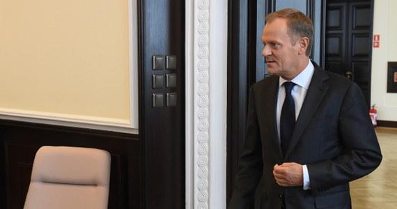 Relacja USA-UE, kryzys na Ukrainie, konieczności obarczenia Moskwy dalszymi konsekwencjami za eskalację konfliktu w tym kraju i szczyt NATO – to główne tematy rozmowy wiceprezydenta Stanów Zjednoczonych Joe Bidena z Donaldem Tuskiem. Biden pogratulował polskiemu premierowi wyboru na przewodniczącego Rady Europejskiej.