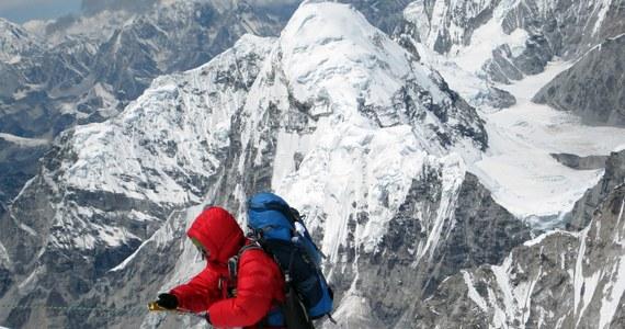 Światowe gwiazdy himalaizmu, wspinaczki i innych sportów górskich, wybitni himalaiści, zawody wspinaczkowe, Górskie Kino Nocne, wycieczka w stylu retro i wiele innych wydarzeń towarzyszących. To wszystko dzieje w Zakopanem w ramach Festiwalu Spotkań z Filmem Górskim.