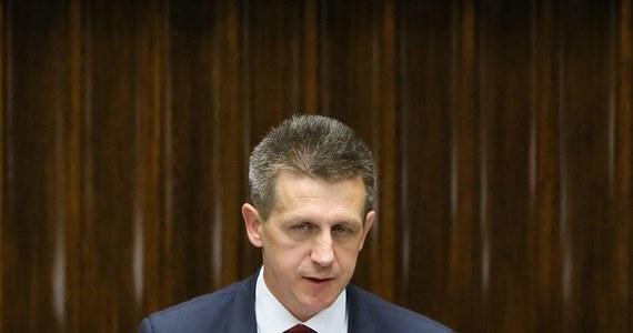 Warszawski sąd rejonowy oddalił zażalenie szefa klubu parlamentarnego PSL Jana Burego na działania prokuratury i CBA - m.in. przeszukanie w biurze i pokoju poselskim. Śledczy prowadzili czynności w związku z tak zwaną aferą podkarpacką.