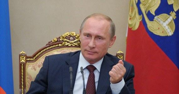 """""""Wprowadzone przez kraje zachodnie sankcje przeciwko Rosji są strategicznym błędem"""" - powiedział wicepremier Rosji Dmitrij Rogozin. Jak dodał, Zachodowi chodzi o wywołanie masowego niezadowolenia z polityki prezydenta FR."""