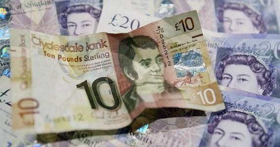 Częściowo znacjonalizowane grupy bankowe RBS (Royal Bank of Scotland) oraz LBG (Lloyds Banking Group) zapowiedziały, że przeniosą swoje siedziby z Edynburga do Londynu, jeśli Szkoci w referendum 18 września zagłosują za niepodległością.