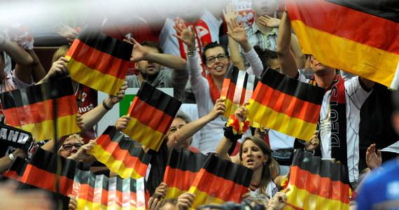 """""""Misja medal jeszcze się nie zakończyła. Następnym celem jest Rio"""" - napisała strona internetowa gazety """"Frankfurter Allgemeine Zeitung"""" po zwycięstwie niemieckich siatkarzy nad Francją w meczu o trzecie miejsce mistrzostw świata."""
