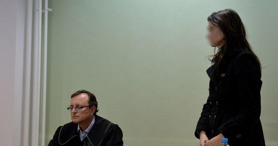 Prokuratura rozważa wniosek o tymczasowe aresztowanie dla Izabelli Ch., która w zeszłym roku po pijanemu wjechała do przejścia podziemnego w centrum Warszawy. Kobieta ponownie nie stawiła się na obserwację psychiatryczną.