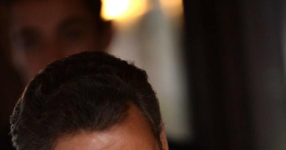 Trzech przedstawicieli partii UMP związanych z byłym prezydentem Francji Nicolasem Sarkozym zostało oskarżonych o nadużycia finansowe. Chodzi o śledztwo w sprawie kampanii wyborczej Sarkozy'ego. Działacze mieli ukrywać, że przekroczono dopuszczalne limity sum wydanych na kampanię prezydencką przed wyborami w 2012 roku.