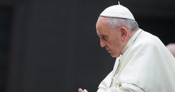 Bukmacherzy typują: Papież Franciszek ma największe szanse na otrzymanie w tym roku Pokojowej Nagrody Nobla. Za cztery dni zostanie ogłoszona decyzja Komitetu Noblowskiego w Oslo.