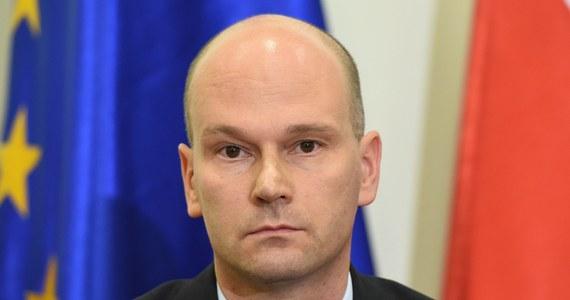Premier Ewa Kopacz jest bliska odwołania Macieja Berka, prezesa Rządowego Centrum Legislacji, za wpadkę z nieopublikowaniem na czas ustawy o rajach podatkowych. Zdaniem ekspertów, budżet państwa mógłby stracić na tym nawet 3 miliardy złotych.