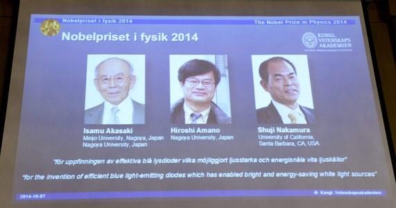 Japończycy Isamu Akasaki, Hiroshi Amano i Amerykanin japońskiego pochodzenia Shuji Nakamura to tegoroczni laureaci Nagrody Nobla z fizyki. Taką decyzję ogłosił Komitet Noblowski Królewskiej Szwedzkiej Akademii Nauk z siedzibą w Sztokholmie.