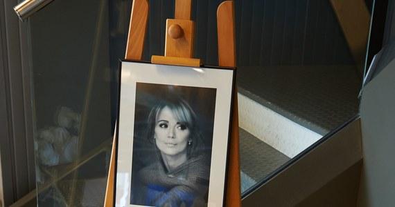 Rzecznik odpowiedzialności zawodowej Okręgowej Izby Lekarskiej w Gdańsku wszczął postępowanie ws. lekarza, który opiekował się Anną Przybylską. Sprawa dotyczy telewizyjnych wypowiedzi doktora na temat przebiegu choroby zmarłej w niedzielę aktorki.