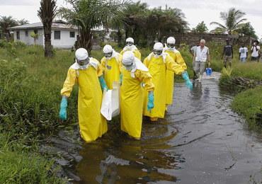 Masz objawy eboli? Nie idź do lekarza!