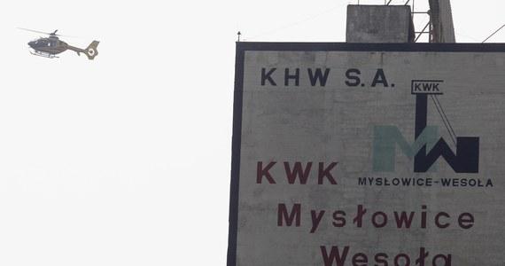 Około 320 metrów mają jeszcze do pokonania ratownicy, którzy szukają górnika zaginionego po wybuchu metanu w kopalni Mysłowice Wesoła. Akcja poszukiwawcza trwa nieprzerwanie od kilkunastu godzin.