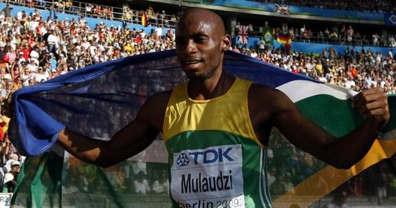 Mistrz świata w biegu na 800 metrów z 2009 roku, Mbulaeni Mulaudzi, zginął w wypadku samochodowym. Do tragedii doszło w Republice Południowej Afryki.
