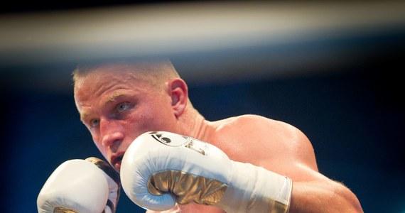 Paweł Głażewski będzie walczył z broniącym tytułu Juergenem Braehmerem o pas mistrza świata federacji WBA w wadze półciężkiej. Informacja pochodzi od Team Sauerland, którego barwy reprezentuje Niemiec. Pojedynek zaplanowano 6 grudnia w Oldenburgu.