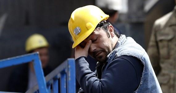 23 górników zostało uwięzionych pod ziemią na południu Turcji w wyniku zawału w kopalni węgla - poinformowała turecka telewizja państwowa. Trwa operacja ratunkowa.