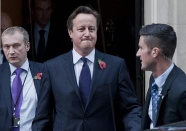Biegacz wpadł na Davida Camerona. Ochrona nie wiedziała co robić
