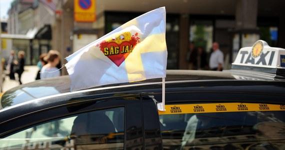 Jedna z korporacji taksówkowych zaoferowała w Sztokholmie niecodzienną usługę. Zamawiając taksówkę w ramach opłaty za przejazd można porozmawiać z terapeutą lub psychologiem. To pierwsza tego typu oferta na świecie.