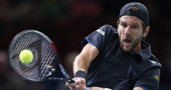 Marcin Matkowski i Austriak Juergen Melzer awansowali do finału debla tenisowego turnieju ATP Tour w paryskiej hali Bercy (pula nagród 3,45 mln euro). Pokonali rozstawionych z numerem piątym Hiszpanów Marcela Granollersa i Marca Lopeza 6:2, 6:3.