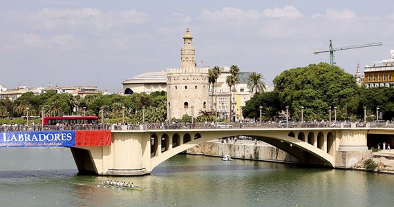23-letnia studentka lubelskiego Uniwersytetu Medycznego zmarła po wypadku w Sewilli. Kobieta spadła z wysokości siedmiu metrów, gdy chciała sobie zrobić pamiątkowe zdjęcie nad rzeką Guadalquivir.